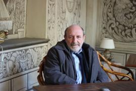 Prof. Umberto Galimberti v pražském hotelu Alchymist