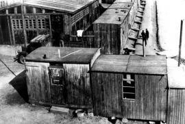 Pohled na cikánský tábor Lety u Písku z roku 1942