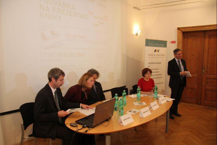 Andreas Pieralli, Růžena Hálová, Lucio Saviani, Helena Giordanová, Giovanni Sciola